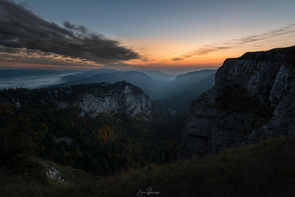 Lever de soleil sur le Creux du Van (Suisse)