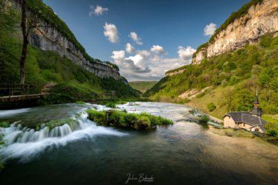 Au dessus de la cascade de Baume les Messieurs (France)