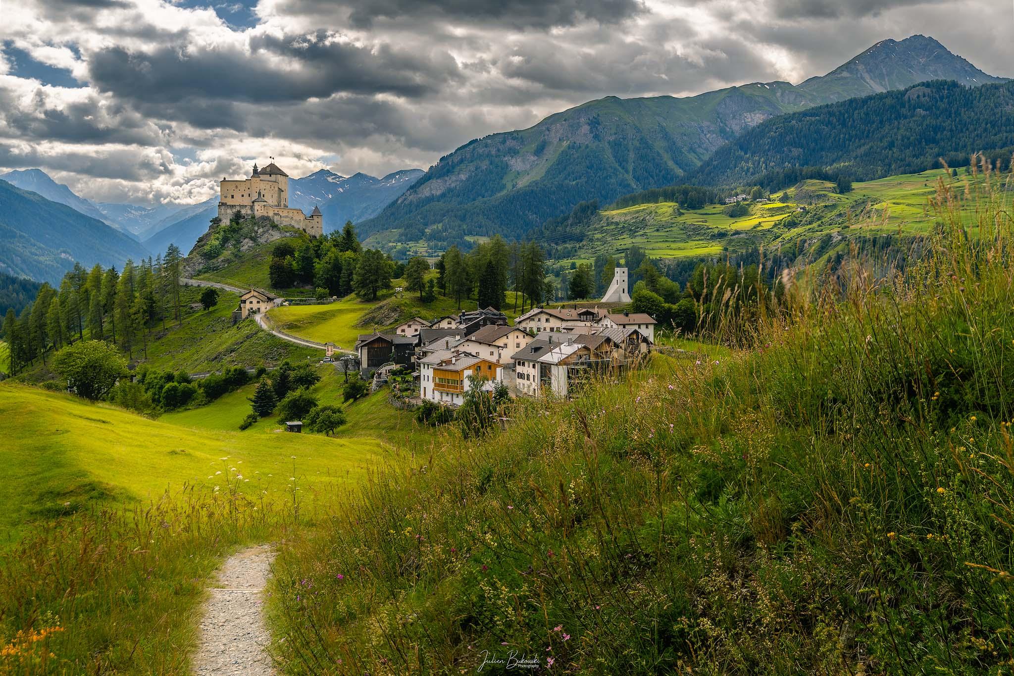 Tarasp castle (Grison - Suisse)