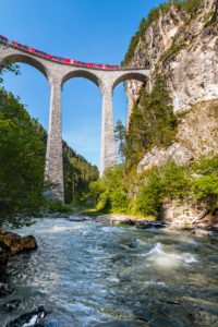Le train des Grisons (Grisons - Suisse)
