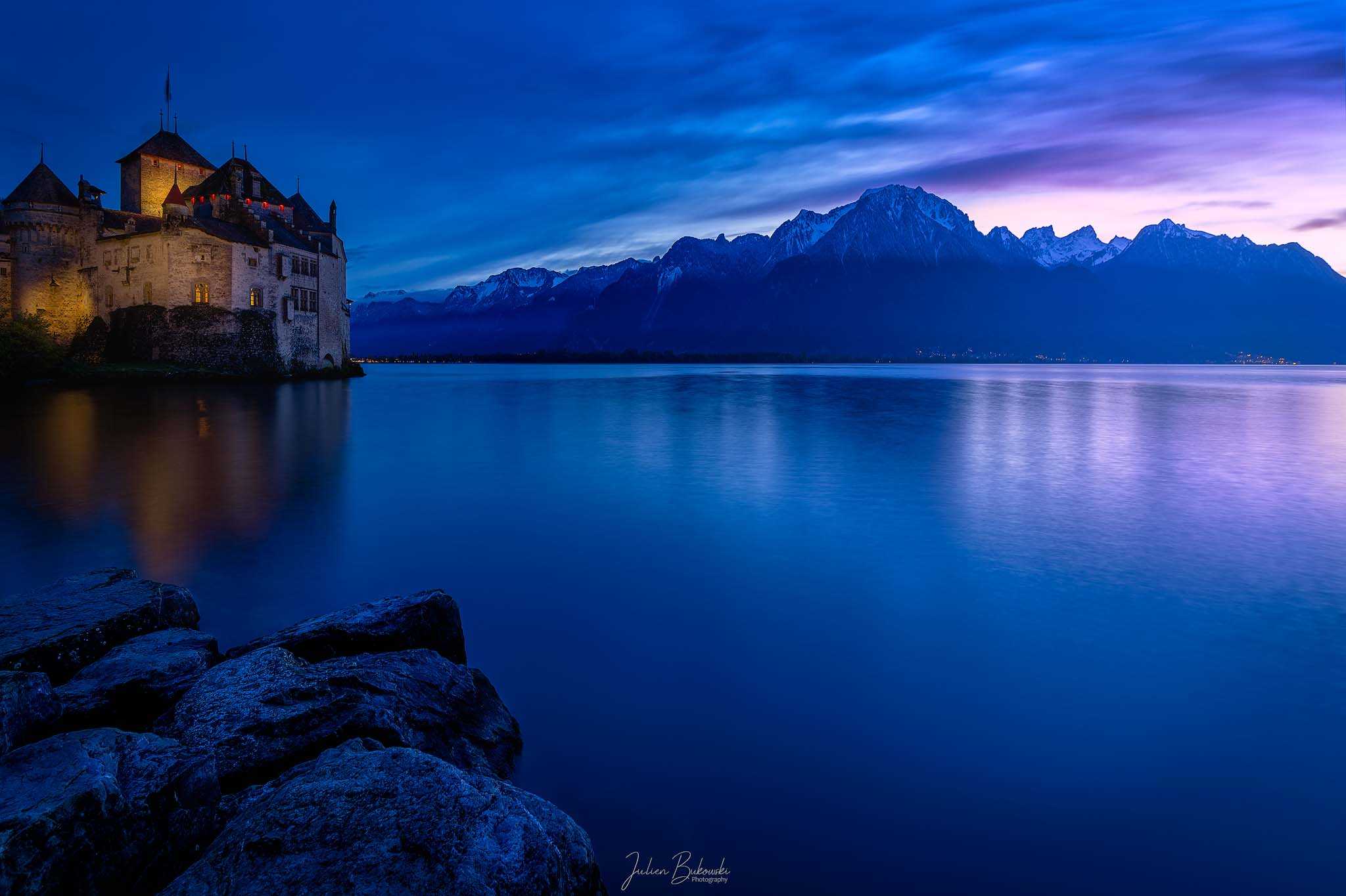 Castle and Alps (Château de Chillon - Suisse)