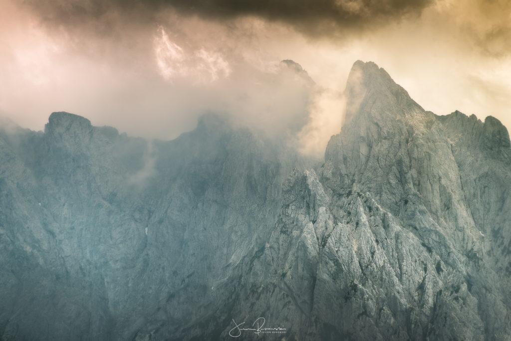 Belle ambiance au dessus des montagnes autour du lac de Walchsee