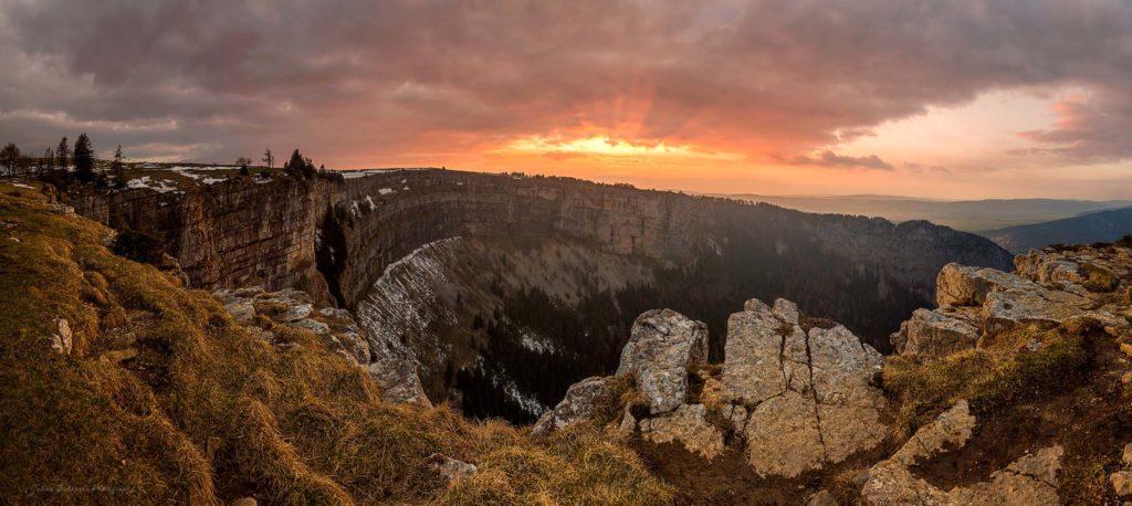 Le Creux du Van - panorama (Suisse)